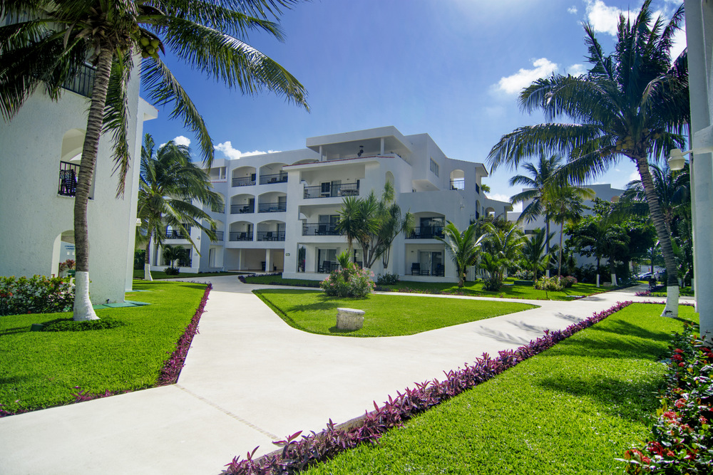 Beachscape cancun cancun beachscape kin ha villas for Villas kin ha